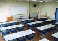 2F研修学習室
